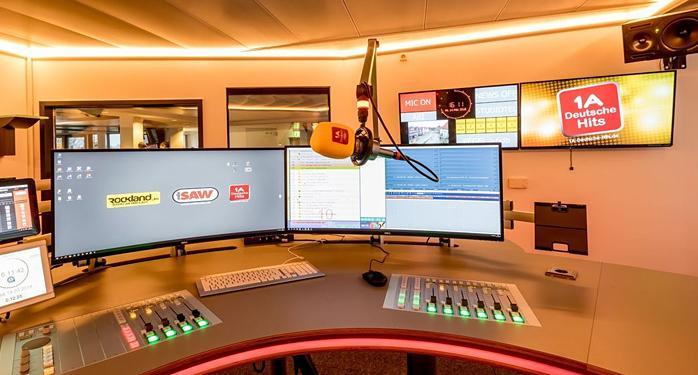 1A-Studio